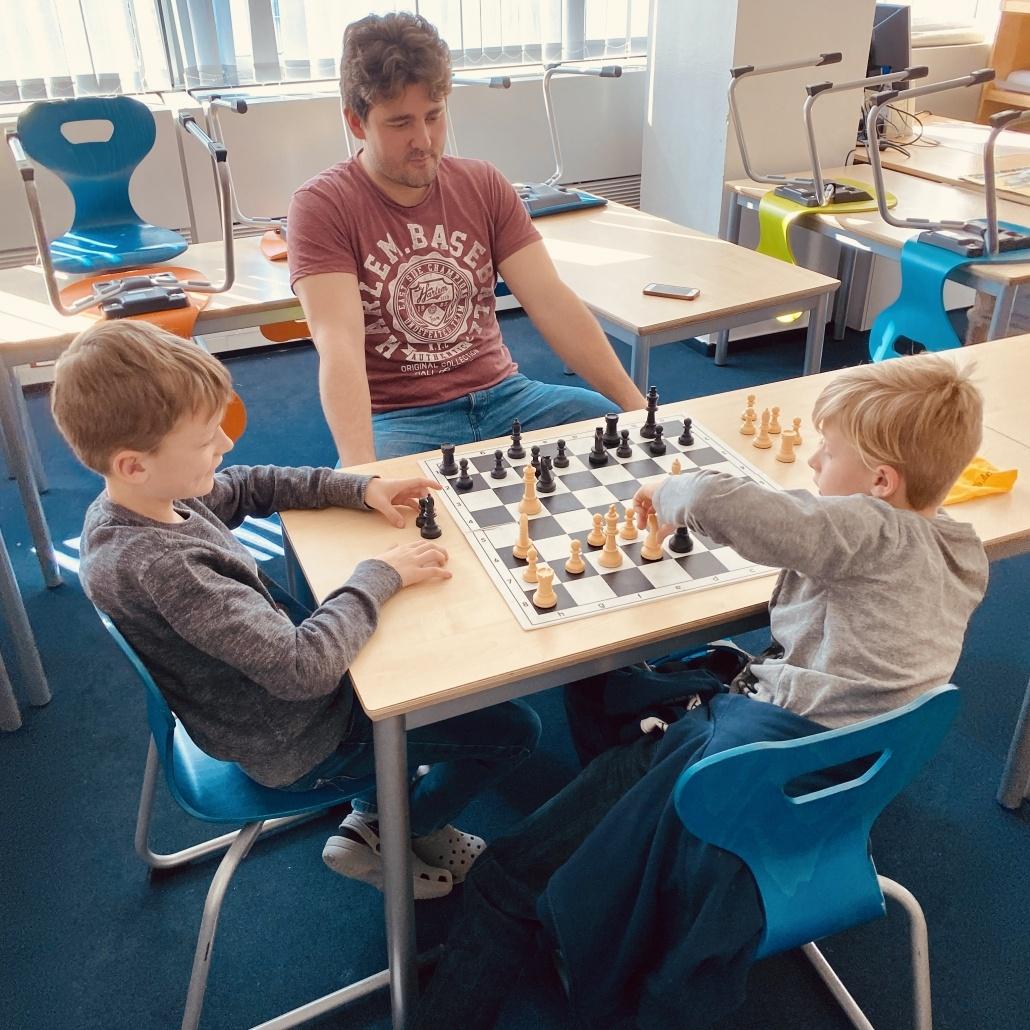 Schachspielen